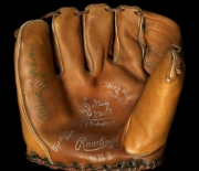 mickey-mantle-rawlings-mm8-lefty-front-jerry_595
