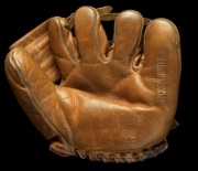 mickey-mantle-globe-mm43-front-jerry_595