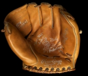mickey-mantle-rawlings-mm6-the-comet-1-front-jerry_595